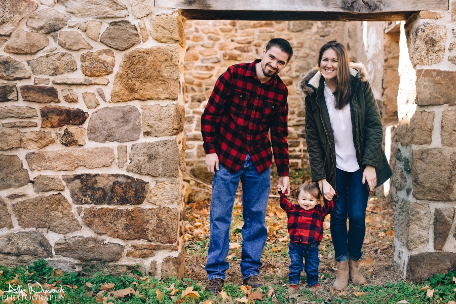 Before Winter Arrived | Family Photo Session | The Hannums
